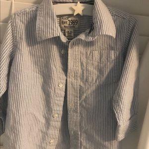 Long sleeve striped collared dress shirt